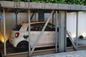 EVBox junto con ENERES, instala por primera vez estaciones de recarga para el parking mecanizado de la sede de FERNÁNDEZ MOLINA en Madrid