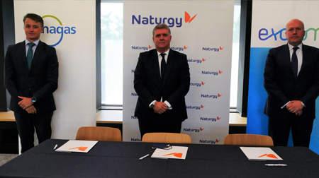Enagás, Naturgy y Exolum desarrollan la primera gran alianza de hidrógeno verde para el ámbito de la movilidad en España